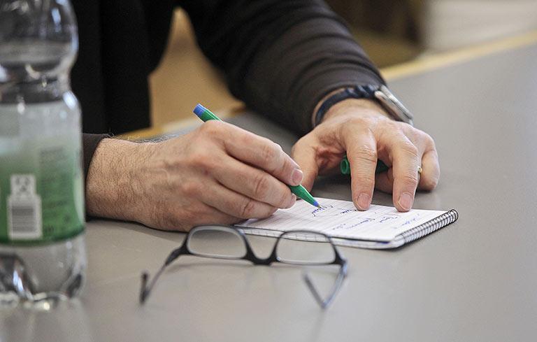 Freiräume finden für anderes als Berichte von Bilanzpressekonferenzen und Ladeneröffnungen. | Foto: Anja Cord