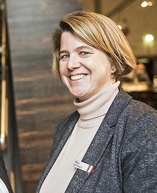 Petra Hoffknecht hat Studium plus Journalistenschule durchlaufen. | Foto: Arne Pöhnert