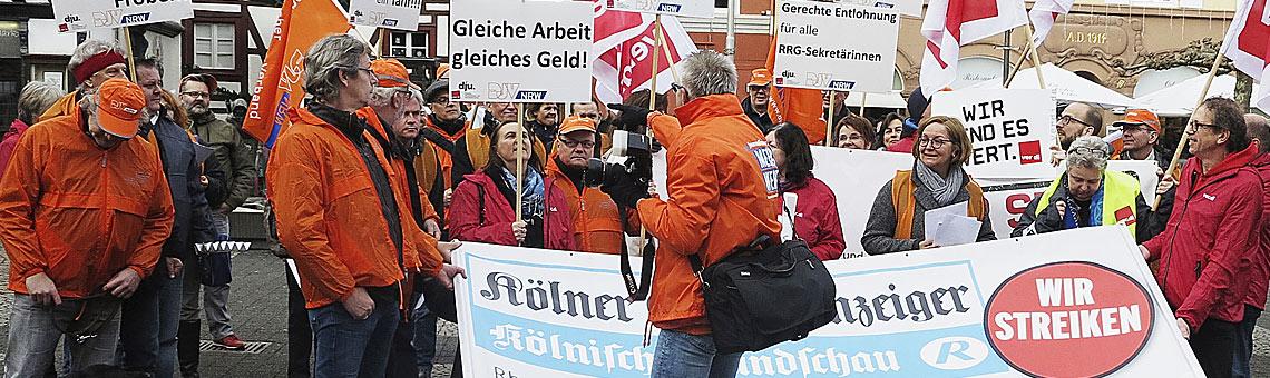 Gleiches Geld für gleiche Arbeit: Zentrale Kundgebung am 2. Januar in Euskirchen. | Foto: Corinna Blümel