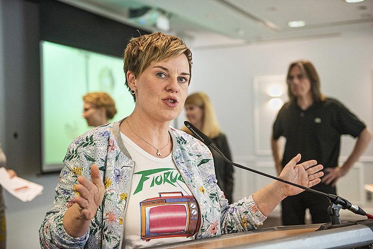 Die stellvertretende Landesvorsitzende Andrea Hansen bei der Vorstellung zu den Fachausschuss-Wahlen.   Foto: Arne Pöhnert
