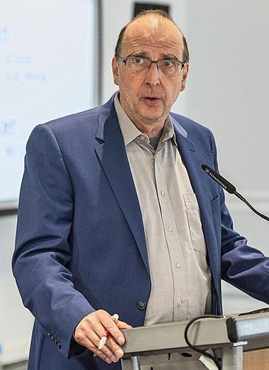 Landesvorsitzender Frank Stach bei seiner Eröffnungsrede. | Foto: Arne Pöhnert