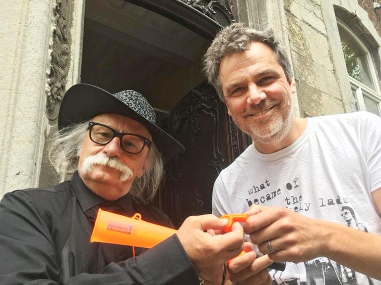 Hubert vom Venn (l.) vom Bezirksverein Aachener Presse mit seinem Kollegen Patrick Bildstein von der belgischen Journaistengewerkschaft AJP. | Foto: Annick Meys