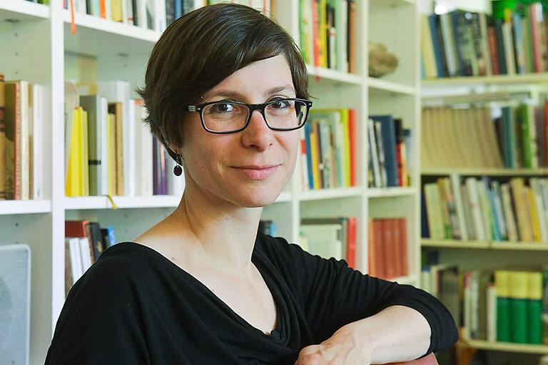 Tanja Krämer ist im Vorstand der Genossenschaft RiffReporter. | Foto: Raiffaisen-Gesellschaft/ Tina Merkau