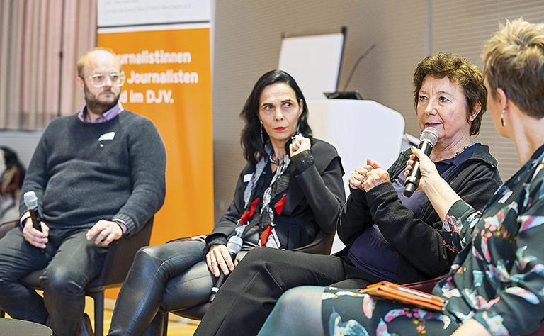 Medien brauchen eine bessere Fehlerkultur (v.l.): David Schraven, Marlis Prinzing, Brigitte Fehrle und Andrea Hansen. | Foto: Udo Geisler