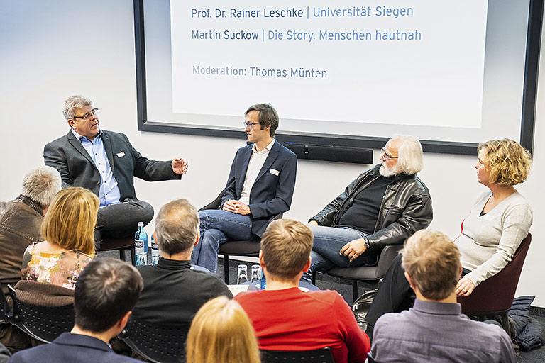 Über die Tücken des Storytelling sprachen (v.l.) Thomas Münten, Martin Suckow, Rainer Leschke und Ilka Brecht. | Foto: Udo Geisler