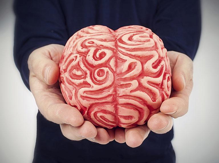 Das Hirn lässt sich reinlegen: Das Fälschen klappt mit KI schon besser als das Aufdecken von Fälschungen. | Foto: AntonioGravante