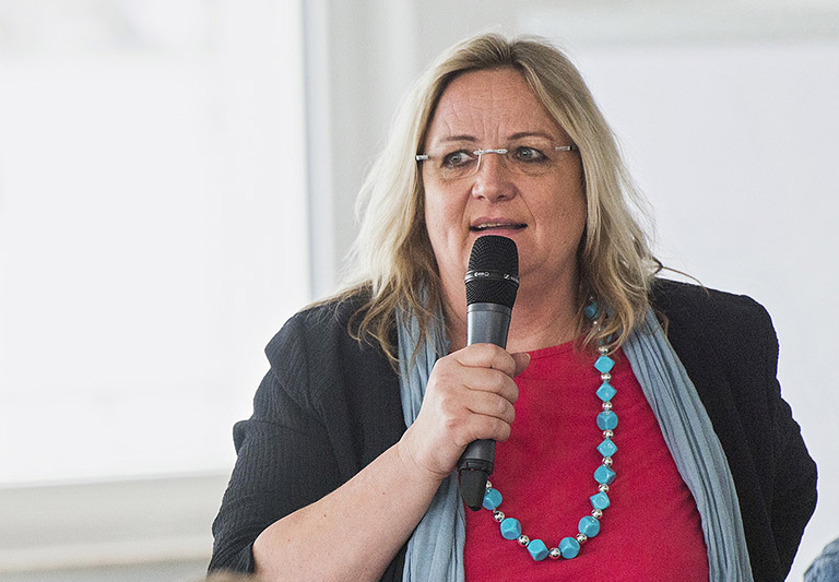 Harriet Langanke, Stiftungsgründerin, Journalistin und Vorsitzende im Fachausschuss Online, hofft auf gesellschaftliche Lerneffekte: Es brauche alle, um etwas zu bewegen. | Foto: Frank Sonnenberg
