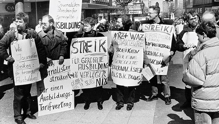 NRW war beim Streiken immer vorne dabei – wie 1990 beim Kampf um den Ausbildungstarifvertrag.   Foto: Franz Strauch