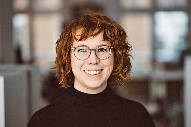 Überstunden sollten auch im Journalismus nicht der Normalfall sein, findet Bianca Hoffmann. | Foto: Ivo Mayr/Correctiv
