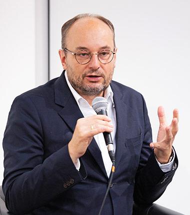 Karriereziele können sich ändern, weiß Nils Minkmar. | Foto: Martin Kraft, CC BY-SA 3.0, via Wikimedia Commons